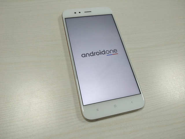 f995ec0ae51  Pure Android experience  Good design  Sufficient battery back up