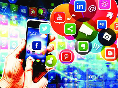 Fret no more over pandal-hopping route, apps are ready with map
