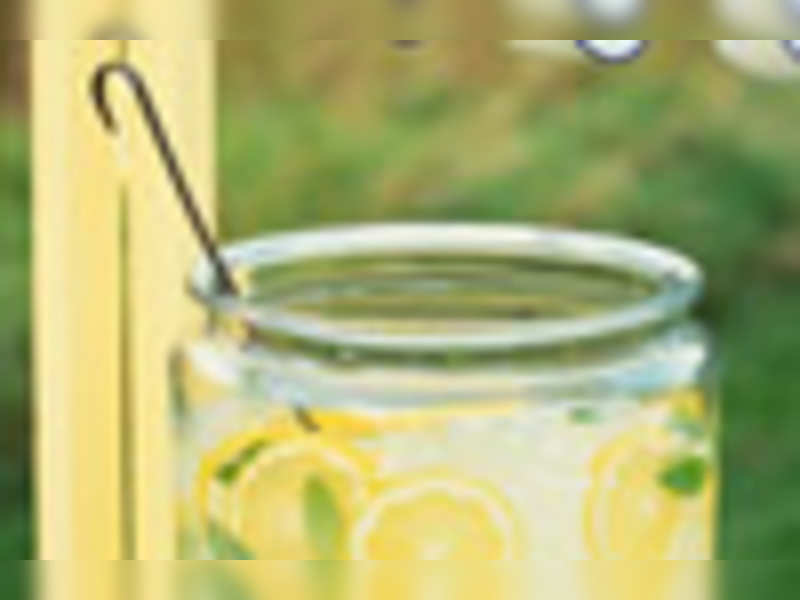 Lemon juice for good health!