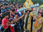 Artists dressed as Ravan and  Kumbhakarn