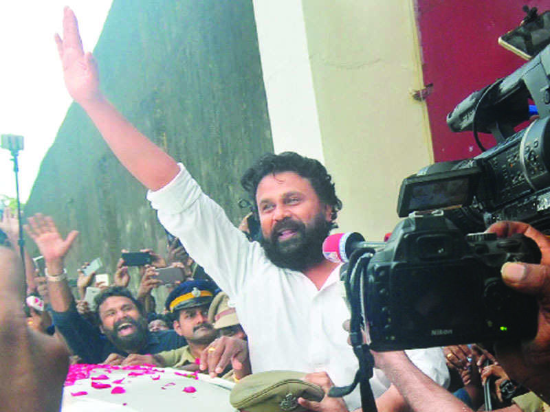 Dileep is back in full swing; no apparent hurdles from resuming previous roles in Mollywood associations