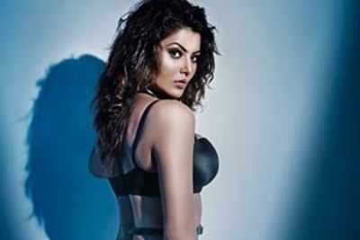 Urvashi Rautela reveals her oomphy look in 'Hate Story 4'