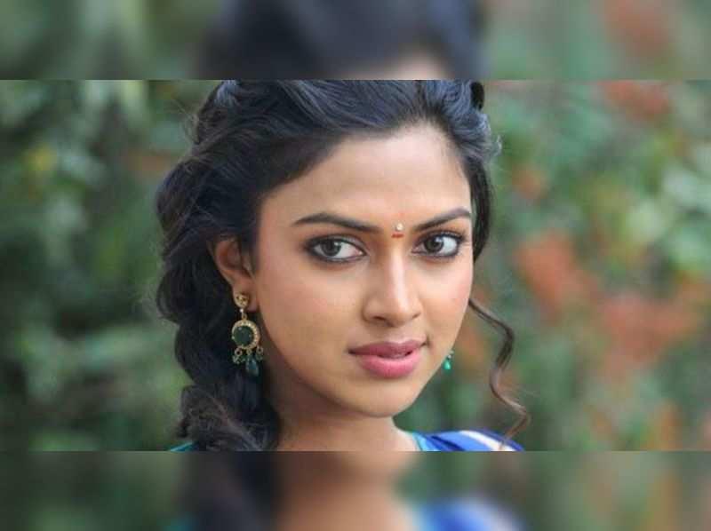 Amala Paul evades tax by registering car in Pondicherry?