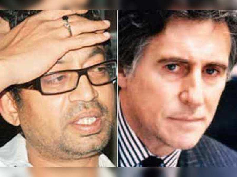 "Irrfan Khan and Gabriel Byrne  <a href=""http://photogallery.indiatimes.com/portfoliolist/4728931.cms"" target=""_blank"">More Pics</a>"