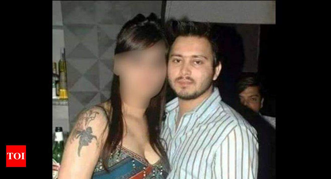 Image result for tejaswi yadav with girls