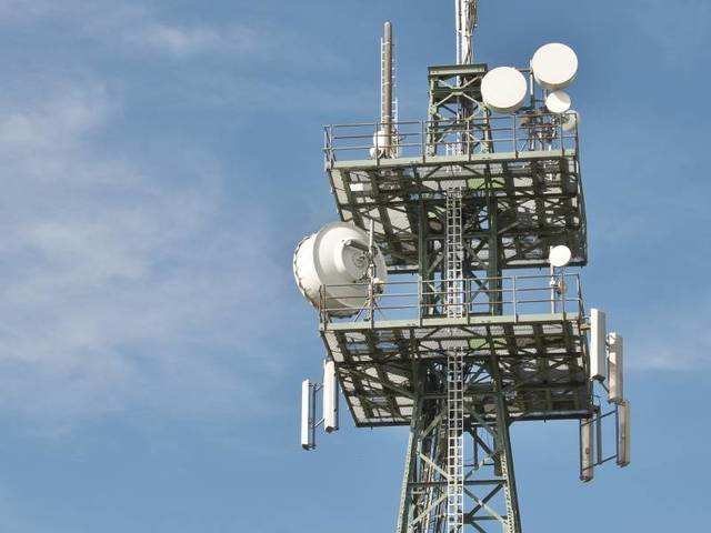 Monitoring all offers, including bundled and cashback: TRAI