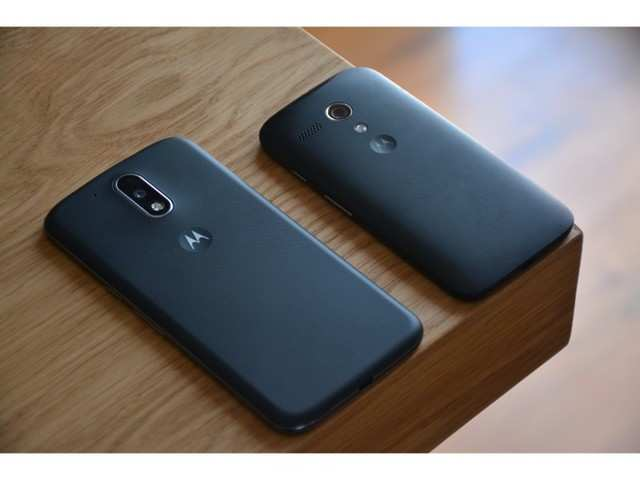 Motorola makes a strong comeback in US
