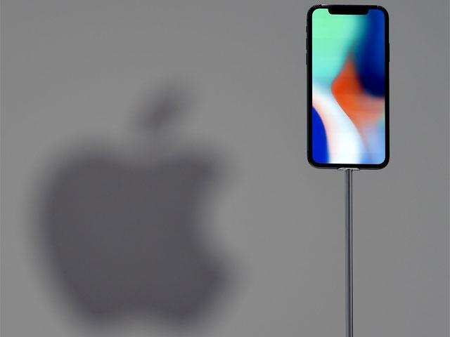 Apple iPhone: Rear Facing 3D Sensor Coming?