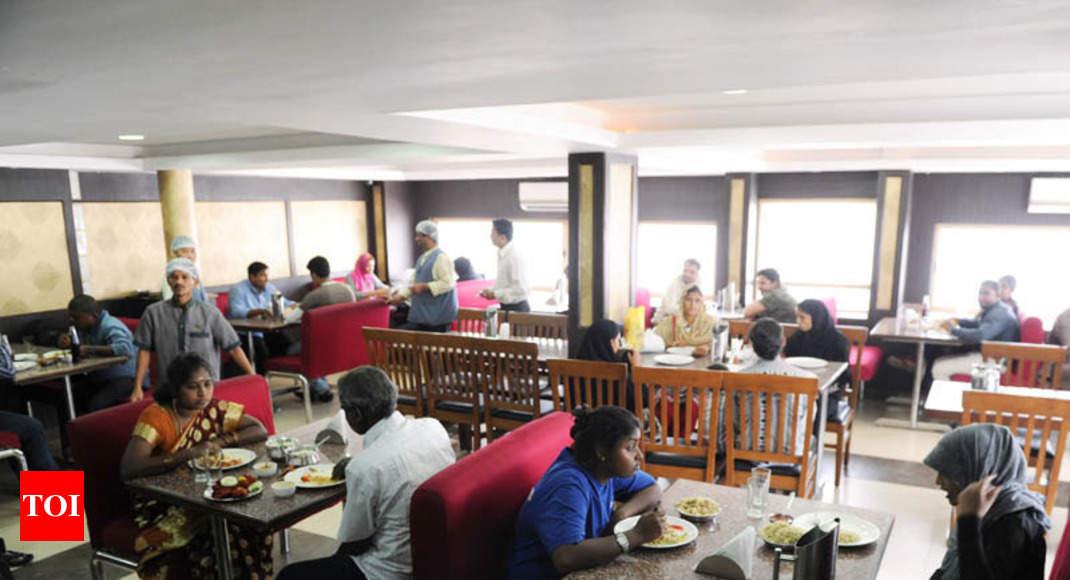 gst on restaurants no cut in restaurant bills even after gst slash