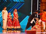 Deepika Padukone with hosts Rithvik Dhanjani and Paritosh Tripathi