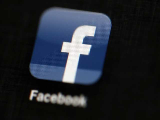 Facebook aims to train 5 lakh people on digital skills by 2020