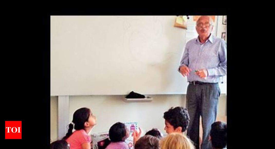 Teaching anatomy to 7-year-old kids in a medieval Dutch town | Pune ...