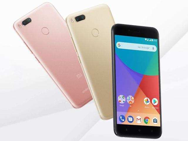 <p>The smartphone runs Android 7.1.2 Nougat operating system and comes with pure Android UI onboard. <em></em><br></p>