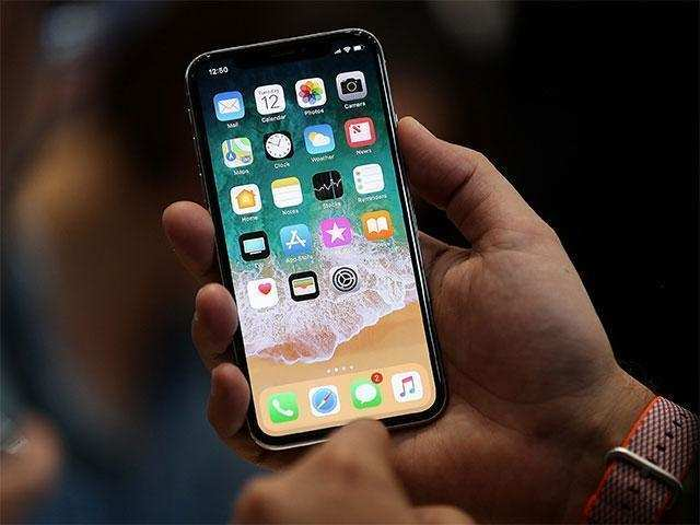Apple started selling SIM free iPhone X in US