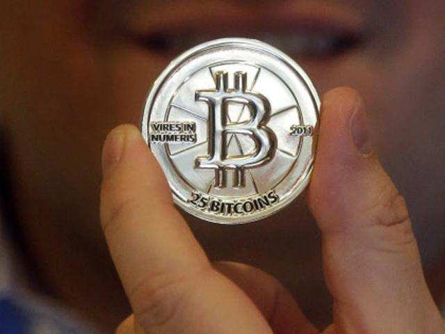 Cryptocurrencies offer great hope, but present risks: US