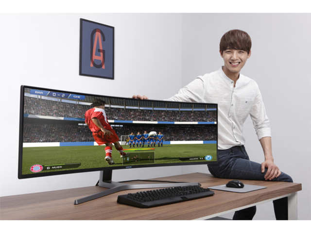 Samsung launches world's biggest curved monitor in India at Rs 150,000