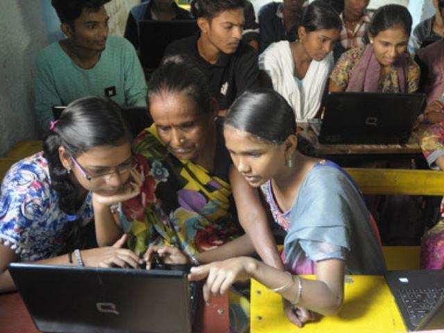 DoT unfazed, focuses on Bharat Net