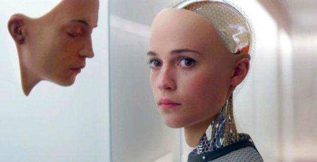 With headbands, sensor socks, wearable tech seeks medical inroads