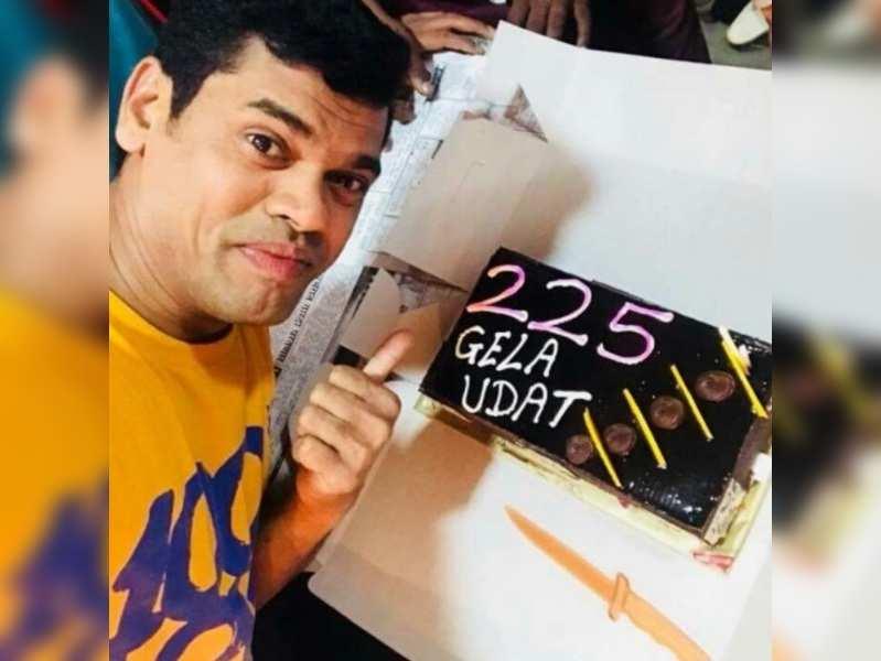 Siddharth Jadhav celebrates success of 'Gela Udat'