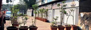 Flowerpot obstacles mar Kothrud footpath
