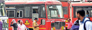 Allowance cut for MSRTC officers if cellphones are off