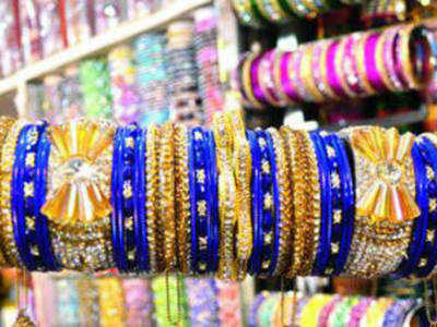 Deoband fatwa on how women must try on bangles | Meerut News - Times