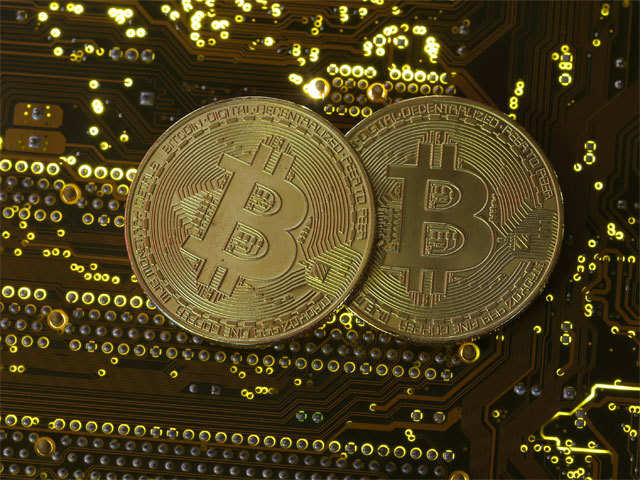 Bitcoin exchanges plan to maintain user database