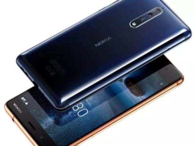 Nokia 8 smartphone starts receiving Android 8.1 Oreo update