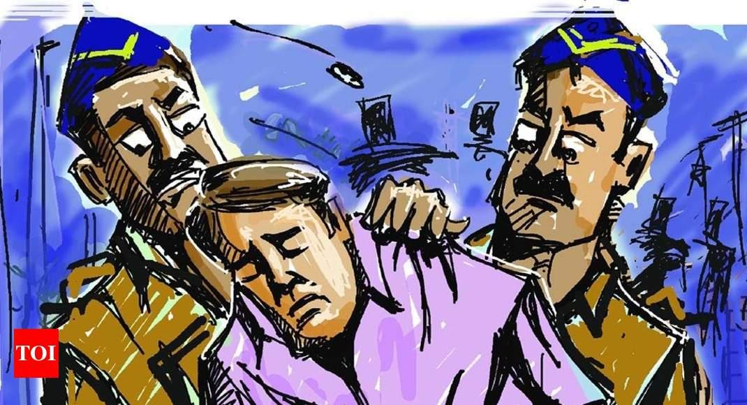 Man Held For Masturbating Man Held For Masturbating In Front Of 2 Women Cops -3664