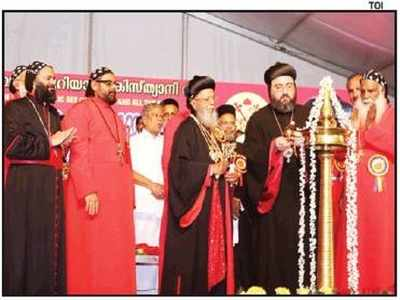 On Patriarch Day, Jacobite Church's show of strength | Kochi