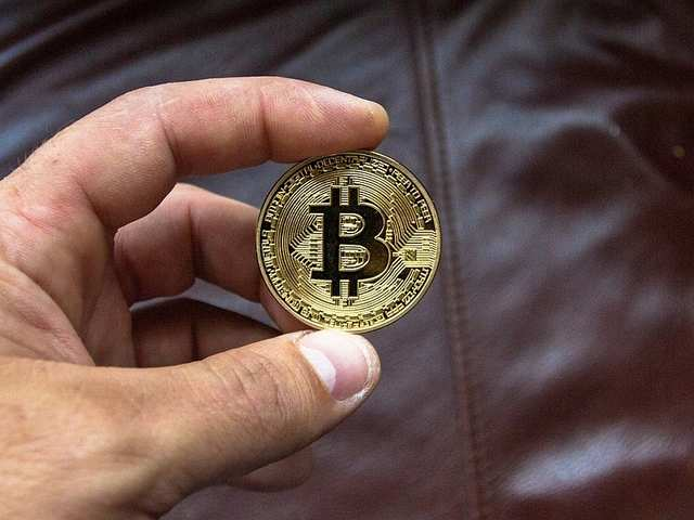 Customers flood Asian electronic markets in search for cryptocurrency mining rigs