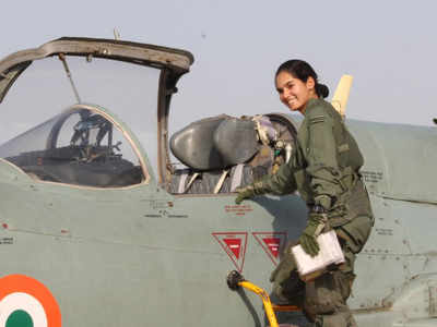 c7ac3b63 Avani Chaturvedi becomes first-ever Indian woman to fly a fighter ...