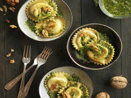 Ravioli Stuffed with Mozzarella, Basil and Walnut Pesto