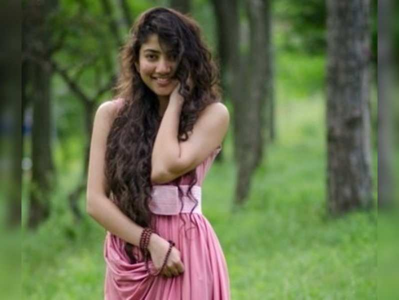 sai pallavi photos the actress weaves magic with her simple persona malayalam movie news times of india sai pallavi photos the actress weaves
