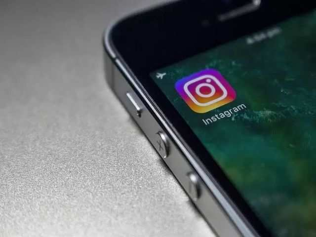 Image result for Instagram spotted testing an in-app tool to reshare public posts