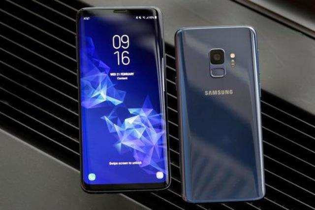 Image result for Samsung Galaxy S9, Galaxy S9+ users facing issues, here's what the company has to say
