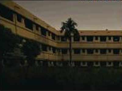 Bills unpaid,government buildings reel under dark | Lucknow