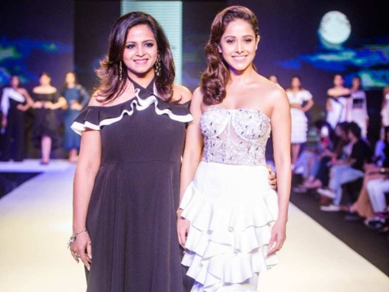 Shivani Jain Nushrat Bharucha Turns Into A Moonlight Princess For Tisharth By Shivani On Day 1 Of Bombay Times Fashion Week 2018 Events Movie News Times Of India