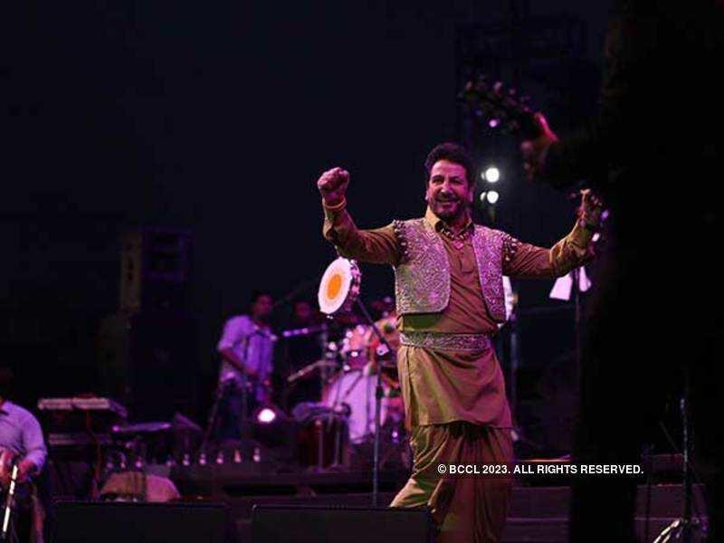 SEHAT ZAROORI HAI: Gurdas Maan's energy on stage was infectious (BCCL/ Ajay Kumar Gautam)