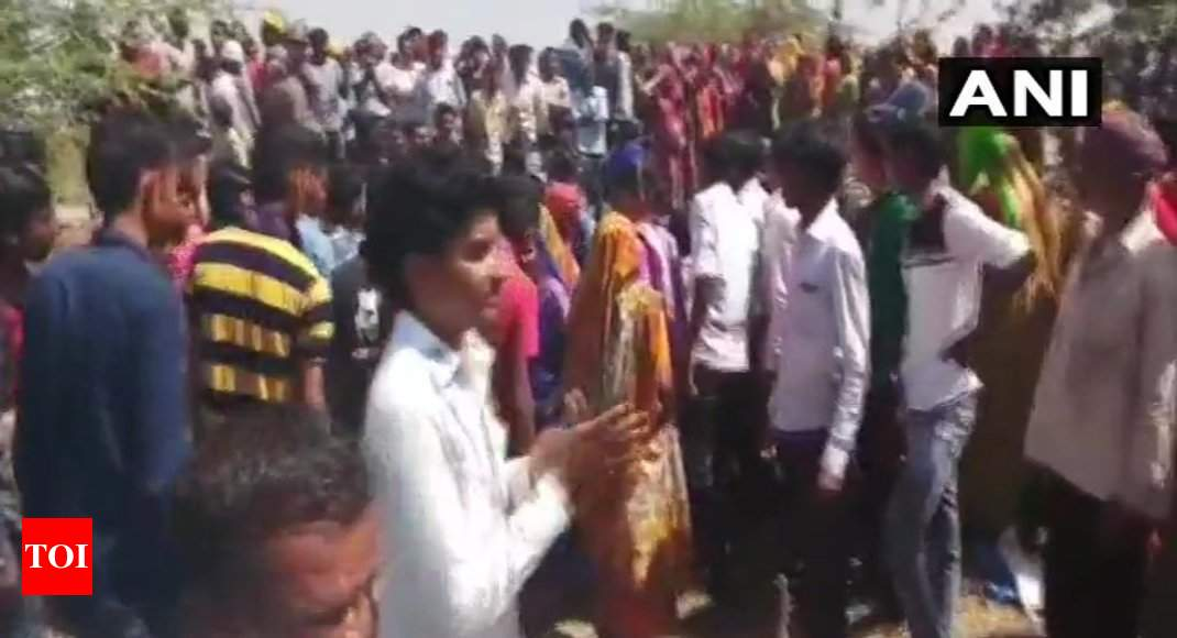Gujarat farmers detained: 50 farmers detained for ...