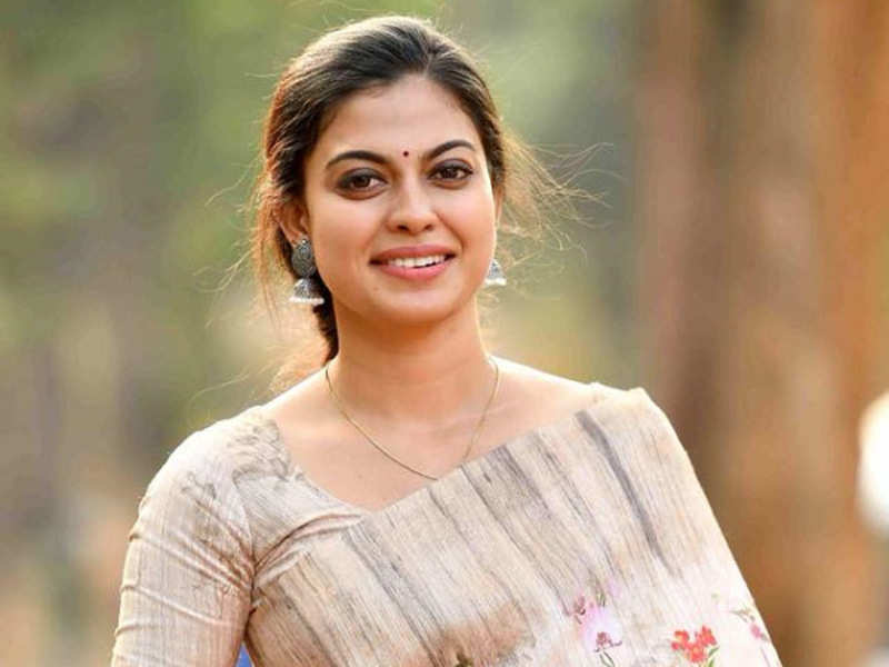 Anusree: Actress Anusree responds to cyberbullying | Malayalam Movie News - Times of India