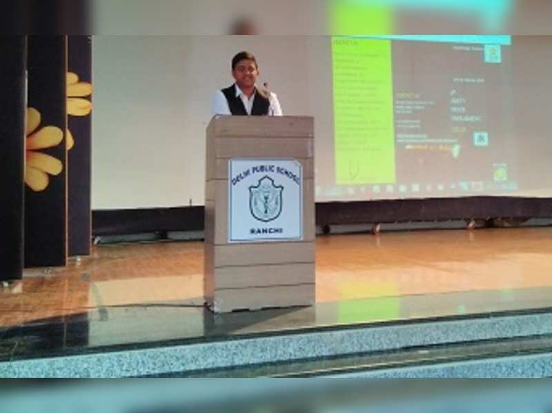 DPS students get a crash course on diplomacy