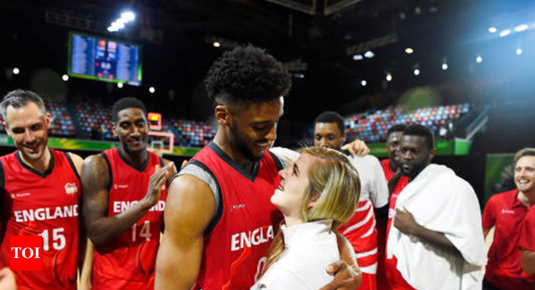 Marriage Proposal Is Slam Dunk At Commonwealth Games Commonwealth