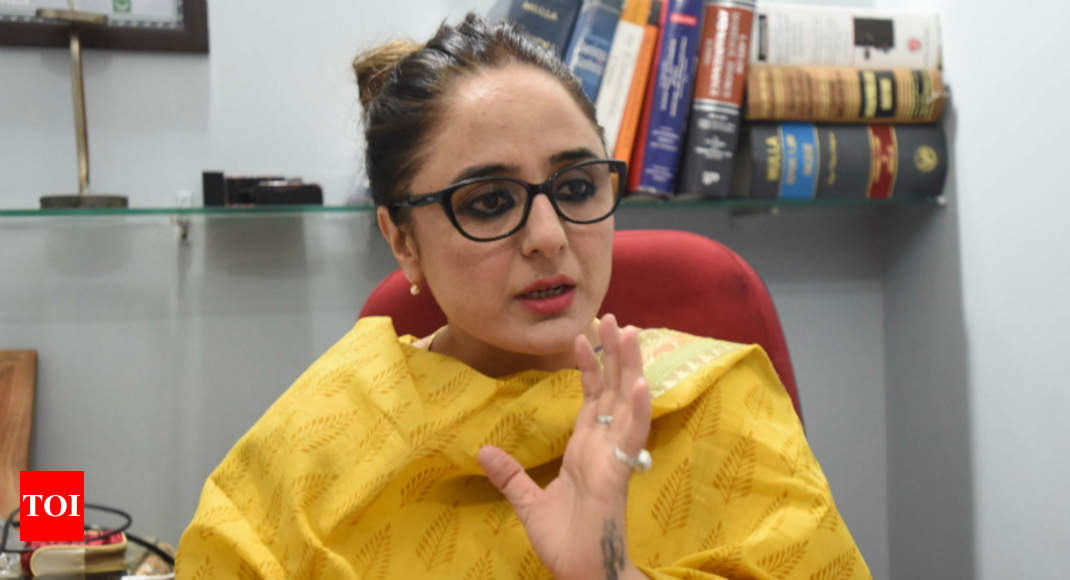 I fear for my life: Lawyer for Kathua rape victim's family - Times of India