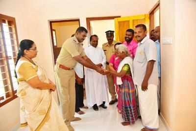 Cops gift a house to 80-year-old woman   Thiruvananthapuram News