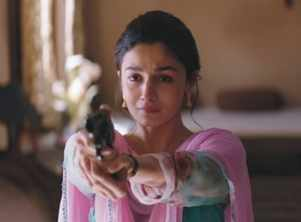 'Raazi' first song 'Ae Watan': The soul-stirring number traces Sehmat's journey from a daughter to a spy