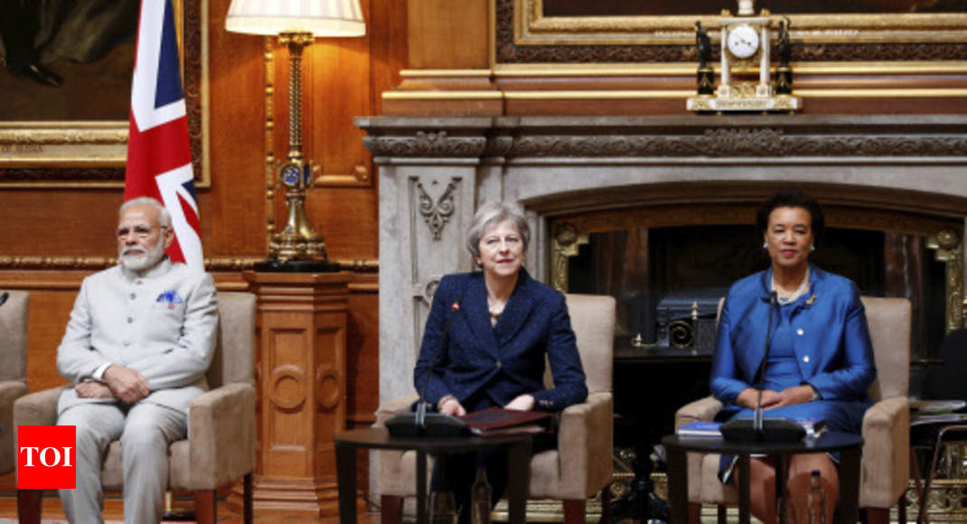 PM Modi joins world leaders for CHOGM retreat in UK - Times of India