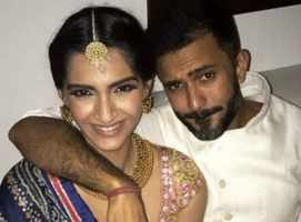 Sonam and Anand to tie the knot in Mumbai?