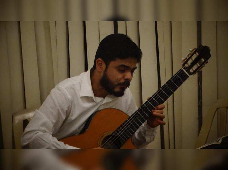 Santanu Datta performed at Kalyani Nagar