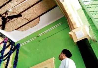 Rain rips off roof of Ashoorkhana again | Hyderabad News